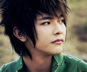 handsome, jiro wang, and it started with a kiss image