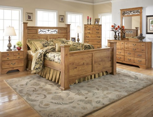 Bedroom Designs. Warm And Natural Characteristics Of Country ...