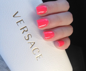 nails, Versace, and pink image