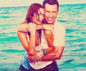 couple, burn notice, and gabrielle anwar image