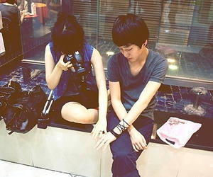 boy, girl, and ulzzang image