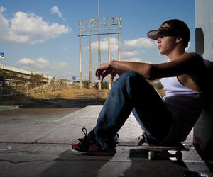 ryan sheckler and skate image