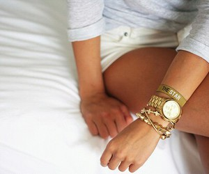 girl, summer, and gold image