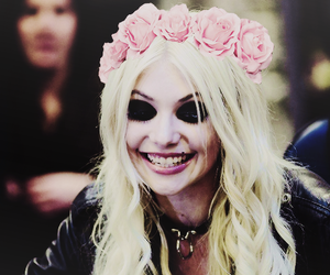 Taylor Momsen and tpr image
