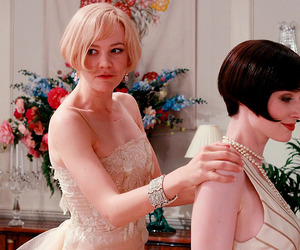 Carey Mulligan, the great gatsby, and daisy buchanan image