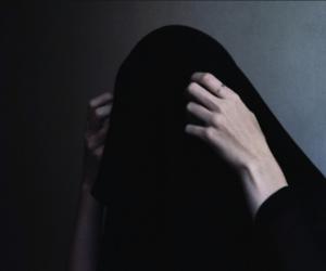 black, grunge, and hands image