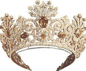 beautiful, crown, and diamond image
