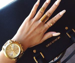 accessories, nail art, and anillo image