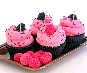 cupcake, raspberry, and muffin image