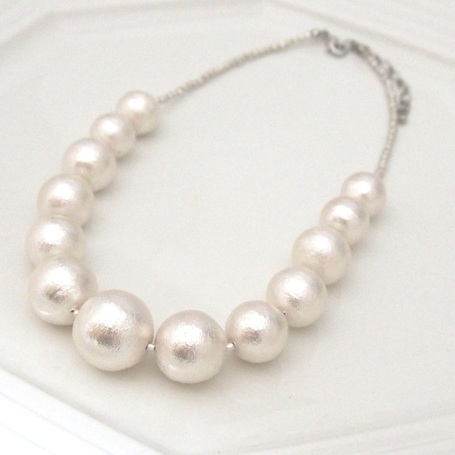 pearls and white image