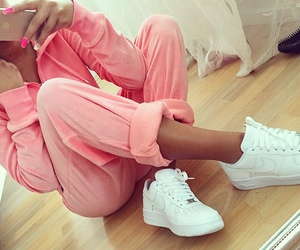 pink, nike, and outfit image