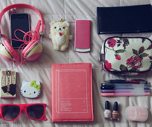 pink and hello kitty image