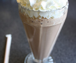 delicious, drink, and milkshake image