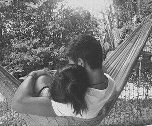 black and white, couple, and chillen image