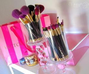 make up, pink, and girly image