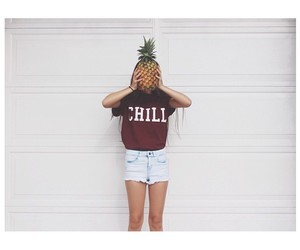 pineapple and shorts image