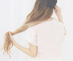 تفسير الشعر الاصفر في الحلم رؤية الشعر الاشقر في المنام
