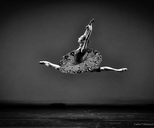 ballet and blackandwhite image