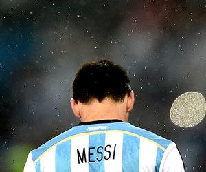 football and messi image
