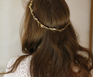hair and hairpin image