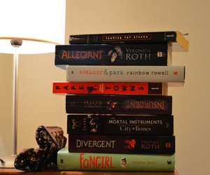 books, looking for alaska, and divergent image