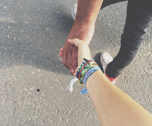 couple, holdinghands, and summer image