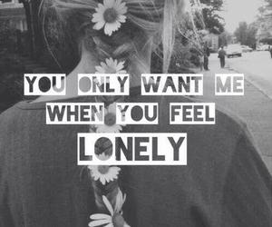 lonely and czarno-biała image