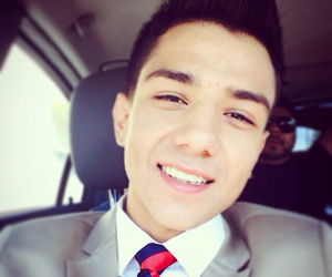 smile, luis coronel, and perfect image