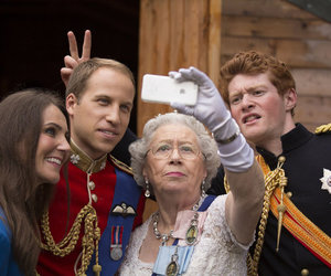 Queen and royal image