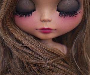 doll and blythe image