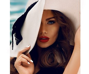 hat, style, and beauty image