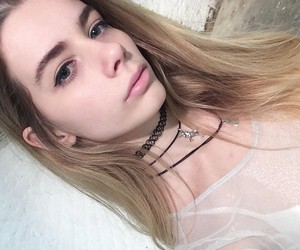 blonde, necklace, and pale image