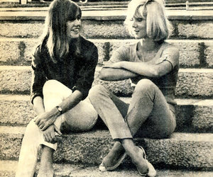 francoise hardy and Sylvie Vartan image