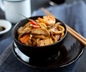 chilli, prawn, and udon image