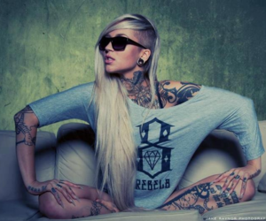 tattoo, sexy, and blonde image