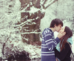 kiss, winter, and snow image