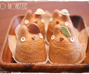 pastry and totoro image