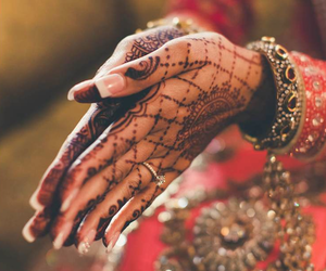 indian and mendhi image