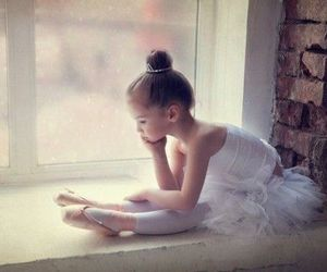 dance, pointe, and pointe shoes image