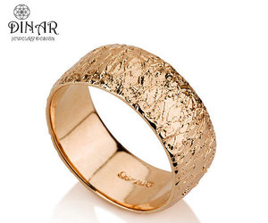 gold and wedding ring image