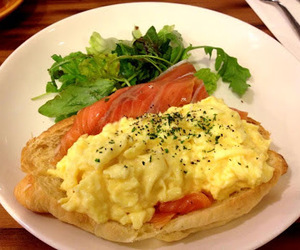 salmon, croissant, and egg image