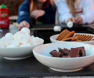 smores, chocolate, and Cookies image