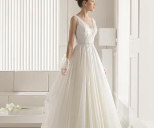wedding and rosa clara image