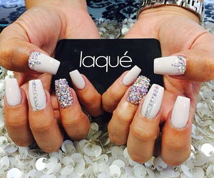 nail, sparkle, and gel nails image