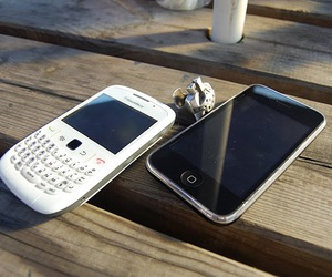 blackberry, iphone, and ring image
