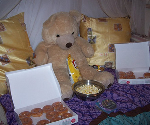 blankets, donuts, and chips image