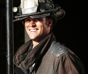 cast, chicago fire, and jesse spencer image
