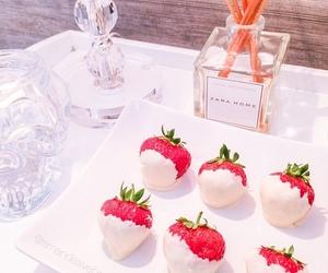 strawberry, food, and Zara image