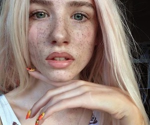 girl, freckles, and grunge image