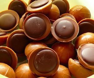 chocolate, food, and toffifee image